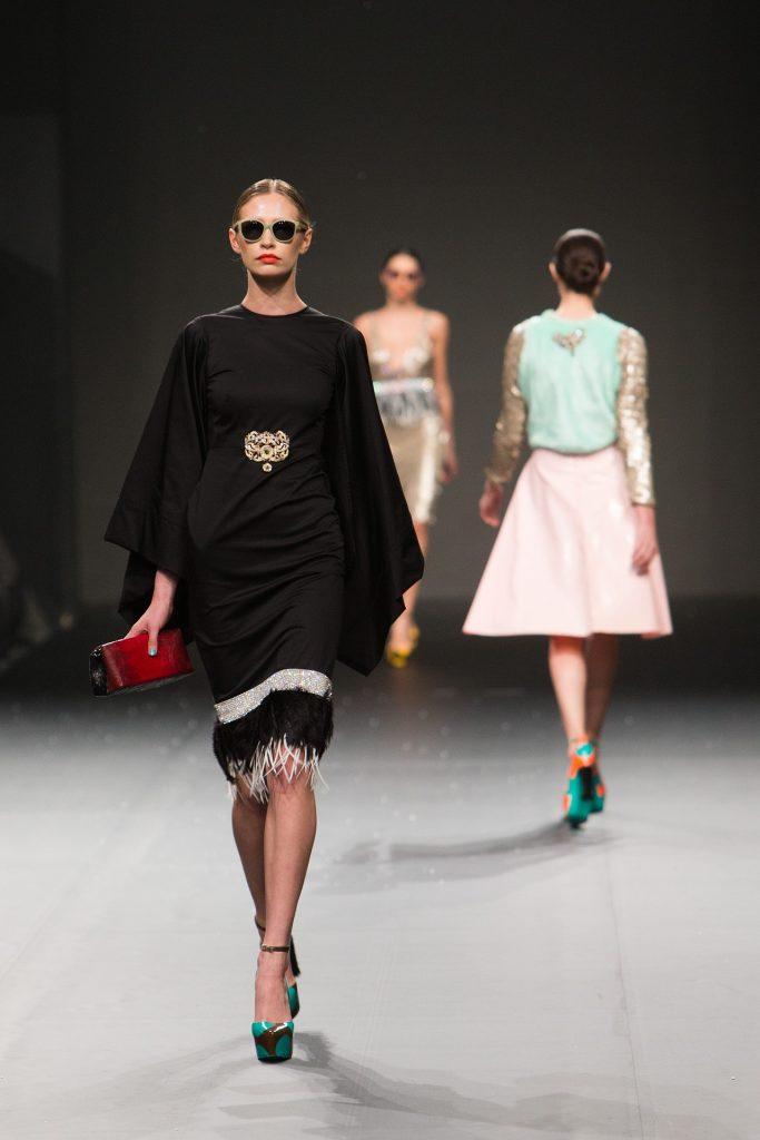 fashion-show-1746621_1920